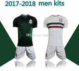 Descuento camiseta para correr verde Kits de los hombres 2018 México lejos casero lejos calidad tailandesa 2017-18 México camisa blanca blanca del fútbol Camisa de funcionamiento del desgaste de CHICHARITO O.PERALTA SoccER