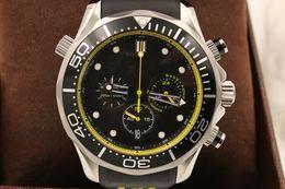 Regarder bracelet en caoutchouc noir à vendre-Montre de marque supérieure Montre de luxe à quartz chronographe à quartz Montre en caoutchouc noir OM12 noir Montre bracelet à montres