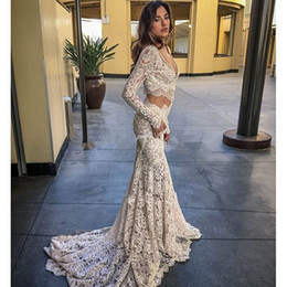 Two Pieces Mermaid Wedding Dresses 2019 Sexy Lace Long Sleeves V Neck Court Train Lace Sweep Train Bridal Gowns Summer Beach Wedding Gowns