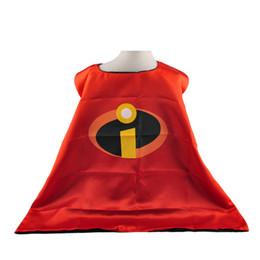 Wholesale Super héros cap personnaliser logo super héros Double couche adulte côté cape Satin tissu Spiderman Ironman capes Pâques Cosplay cm