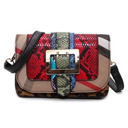 Descuento bolsos al por mayor de la honda Venta al por mayor-Serpentina bolso de color naranja bolsa bolso de embrague bolso de embrague de las mujeres bolsa de mensajero bolsas de mensajero bolsas