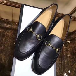 2016 placards blancs JXW09 Noir blanc Espadrille de placard de mode Bling Boucle en métal Loafers plat Chaussures de conduite Chaussures plates Chaussures de femmes en cuir véritable Sz 35-39 placards blancs promotion