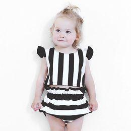 Картинки лето черно белые для детей