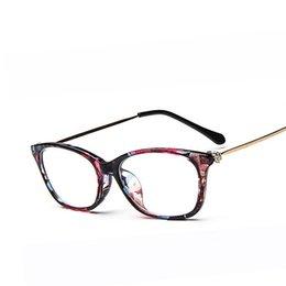 Wholesale Women s Elegant Reding Rivet Glasses Frame Transparent Mirror Optical Eyewear Frame Authentic designer oculos De Grau F15025