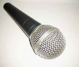 Free shipping sm wired handheld karaoke singing vocal 58 style dynamic microphone mic