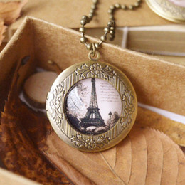 Wholesale Antique Vintage Photo Locket Pendant Necklace Butterfly Eiffel Tower Bird Glass Locket Pendants Long Beads Chain for Best Friends