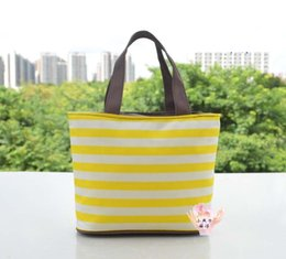 Wholesale Supply Oxford cloth bags carrying a lunch bag cosmetic wash bag HAN2 ban3 leisure new cosmetic bag