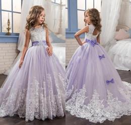 Promotion sans manches en tulle filles habillées 2017 Purple Tulle sans manches dentelle Flower Girl Robes avec robe Bow Ball robe de première communion pour les filles