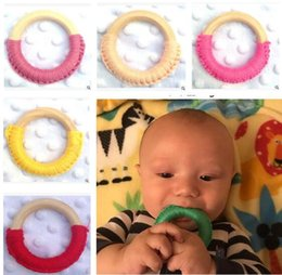 Wholesale Baby Teething Ring Safety Teething Training Environmental Friendly Baby Teether Teething Ring Wooden Child Chews Baby Teeth Stick