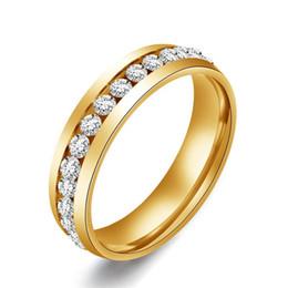 Acheter en ligne Bague de fiançailles en titane or-6mm 18k plaqué or 316l anneau en acier inoxydable titane acier bague de fiançailles anneau de femmes hommes