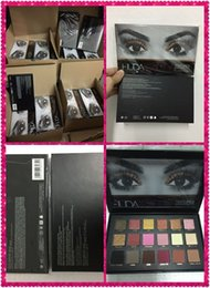 Wholesale In Stock hot Chrismas Colors Huda Beauty Eyeshadow Rose Gold Textured Pallete Make up Eye shadow Palette