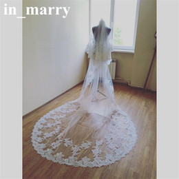 2017 lacets blancs gros Vente en gros White Vintage Lace Cathedral Train Voiles nuptiales 2017 One Layers Appliques Edge Arabic African Country Country Beach Beach Veils budget lacets blancs gros