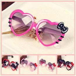 gilrs fashion glasses Sun Glasses for Toddlers Kids Plastic Frame Sunglasses Girls Baby Bowknot Cat Eye Shades Goggles Eyewear UV400