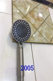 Trefilado de acero en venta-2017 2018 HERO 2005 cabezal de ducha de acero inoxidable nuevo (con dos cuadrados y tamaño redondo) tipo de pared colgante, material de dibujo de alambre
