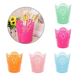 Hollow Flower Brush Storage Pen Pencil Pot Holder Container Desk Organizer Gift free shipping high quaity 2018 new hot sales whoesales oem
