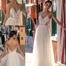 New Beach Wedding Dresses Robe De Soiree Sexy A-Line Spaghetti Straps Backless Floor Length Garden Boho Bridal Wedding Gowns