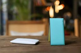 Summer Lepow Poki Ultra Slim mobile Power bank 10000mAh mint green Power supply with LCD power display