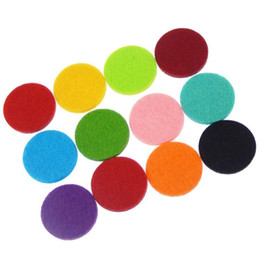 Jewelry is provided with 100 pieces bag advanced aromatherapy essential oil diffuser pendant necklace replacement pad, color mix and match.