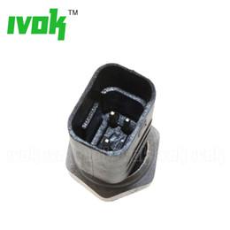 Coolant Temperature Sensor For Renault Master Twingo I II Modus Vel Satis 1.2 2.0 7700113867, 40211402, 8200561449, 7700101968, 226306024R