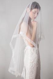 New Arrival Lace Edge Wedding Veils Finger Length Soft Tulle Bridal Veils Wedding Accessories Voiles de mariage robe de mariée CPA1424