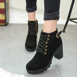 Autumn winter 2018 new round head with waterproof mateen boots, thick heel suede riding boots, cross border belt buckle ankle boots