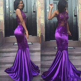 2018 Sexy Lace Purple Halter Open Back Mermaid Prom Dresses Cheap Sleeveless Sexy Appliques Evening Arabic Party Gowns BA8020