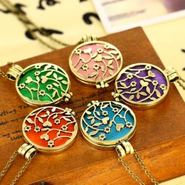 Hot 10pcs pink heart flower 2018 new style aromatherapy necklace diffuser pendant women jewelry friendship necklace