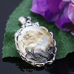 2018 Real Colares Top Quality Luckyshine 2pcs Lot Classic Oval Carved Cameo Shell Gemstone 925 Silver Pendant American Weddings Jewelry Gift