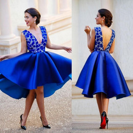 2018 New Royal Blue Plunging V neck Backless Short Prom Dresses Lace Satin Sexy Cocktail Homecoming Dresses Hi Lo Arabic Party Gowns BA06
