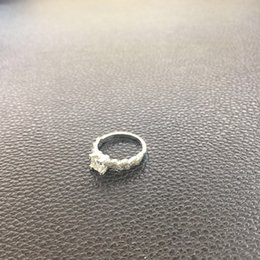 Moissanite Diamond Ring 1 Ct 18K Gold Twist And Bull Head Design