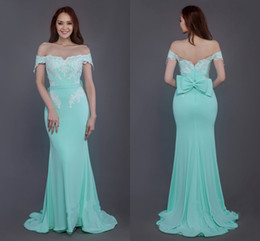 Modern Mint Mermaid Bridesmaid Dresses Long Cheap Off the shoulder with Sleeves Lace Applique Chiffon Backless Wedding Party prom Dress