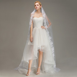 3 Meters Ivory White Wedding Veils Cheap Long Lace Bridal Veils One Layer Lace Appliqued Edge Bride Veil Cheap In Stock CPA066