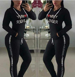 New 2018 Hot Sale spring style sweat shirt Print tracksuit women Long Pants Pullover Tops Womens set Women Sport Suits