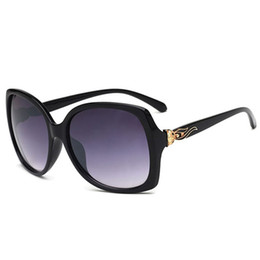 Sunglasses For Women Vintage Sunglass Trendy Womens Sun Glasses Luxury Oversized Sunglases Ladies Fox Designer Sunglasses 1L8A023