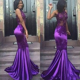 2018 Black Girls Sexy Lace Purple Halter Open Back Mermaid Prom Dresses Cheap Sleeveless Sexy Appliques Evening Arabic Party Gowns BA8020
