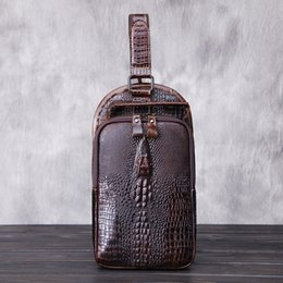 Hot Sale Fashion Vintage Leather shoulder bag Travel large capacity Leisure Brown Sports Bag Crocodile Tattoo Leather Sling Bag for Outdoor