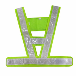 V-Shaped Reflective Safety Vest Traffic Safety Clothing High Visibility Light-Reflecting Vests Anti Freeze Overalls free shipping 2018 new