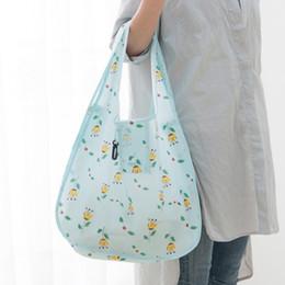Wholesale large and medium-sized fashion shopping bags multi-purpose large capacity French Paris style luxury handbag shopping handbag.