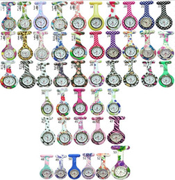 Wholesale 1000pcs lot Mix 53colors New Nurse Fob Watch Brooches Silicone Leopard Tunic Batteries Nurse Watch NW004