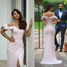2018 Gorgeous Off Shoulder Prom Dresses Back Zipper Red Carpet Evening Gowns Front Split Custom Made Ruffle Formal Occasion Gowns BA7678