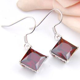 New Arrival Crystal Bridal Wedding Earrings Fire Red Garnet Square Natural Zircon Earrings