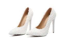 Foreign trade shoes, banquet shoes - fine with sharp shoes, white lace, pearl wedding shoes, heels.