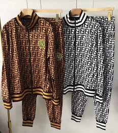 2018-2019 new men  women sweater suit logo embroidery couple high quality