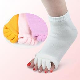 High Quanlity Cotton Sports Yoga Socks Five Toe Separator Massage Socks Toe Alignment Separator Relief Socks