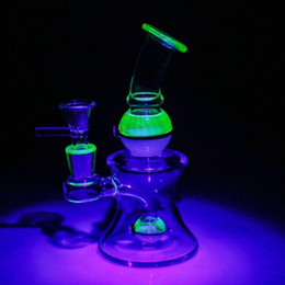 Fabulous Noctilucent Glass Bong 2018 Unique UV Beaker Two Function Bongs 16cm Dab Rigs Recycler Glass Pipes Joint 14.4mm Fashion Bongs