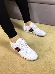 wholesale 2018 new fashion luxry brand men sneakers leather cut-top hot casual shoes high quality flats DHL shipping with box white shoes