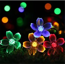 Garden Landscape Lights Peach Shape Solar LED Garden Lights