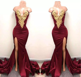 New Design 2K18 Sexy Burgundy Sheath Prom Dresses with Gold Lace Appliqued Mermaid Front Split Long Formal Party Evening Wear Gowns Pageant