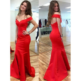 Trumpet Red Prom Dresses 2019 Off the Shoulder Evening Gowns Customize Open Back Graduation Dress Off Shoulder Evening Party Dress