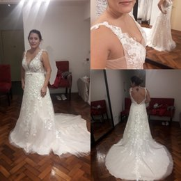 2019 Vintage Modest Wedding Dresses Sleeveless Bohemian Sequins Lace V-neck Backless Bride Gowns Country Wedding Dress